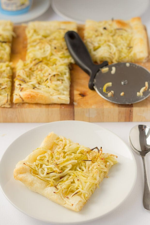 Spiralized apple filo pastry is the perfect easy budget dessert. Taking less than 30 minutes to make and suitable hot or cold this is a fantastic tasty treat!