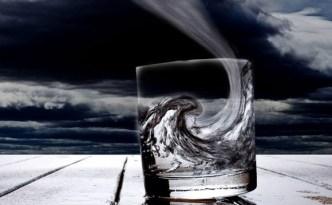tempête dans un verre d'eau