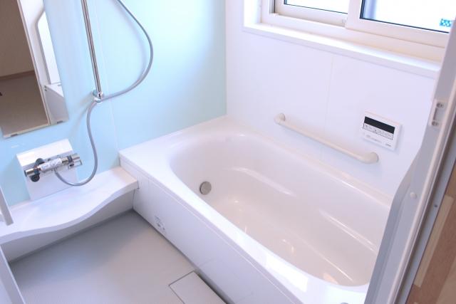 浴室にカビが発生するのはなぜ?すぐに生える原因と正しい防止方法
