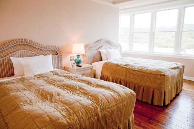 旅行の宿泊費を節約できる宿と泊まりたいホテルを安く抑える4つの方法
