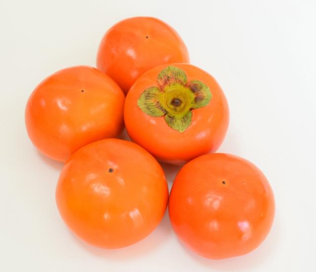 柿の保存方法!長持ちさせる常温・冷蔵庫・冷凍保存のコツとは?