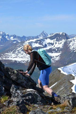 Litt klyving på ryggen. Foto Stine Lystad