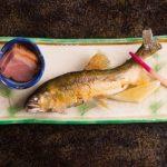 なぜ猫は魚が好きなのか?その理由を知ると意外な事実が・・