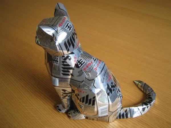 130731cancat 600x450 - アルミ缶アートの猫(アメショ)がハイクオリティな件について