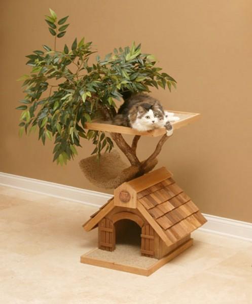 131026cattreehouse01 497x600 - 観葉植物にもなるかもしれない、屋内用の猫ツリーハウス