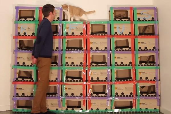 140427catbox01 600x401 - 段ボール猫タワーのメイキング、猫の満足度が伝わる動画に