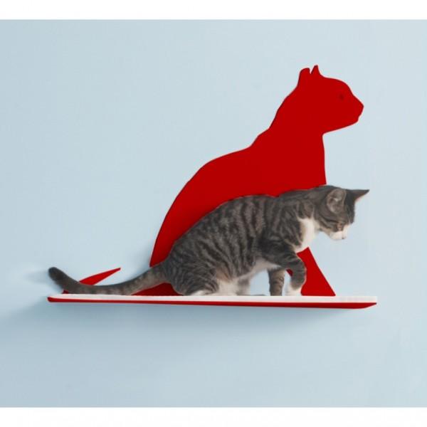 140503CatShelf02 600x600 - 猫シルエットの前に猫がたたずむ、壁掛けシェルフ