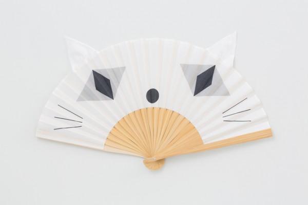 140520nyansu01 600x399 - ほぼ日から猫耳付き扇子が登場、その名も「にゃんす」
