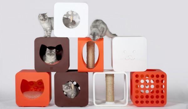 140703kitty kasa collection01 600x347 - 鍛えて遊べて眠れる猫ハウス、コンプリート欲を刺激する