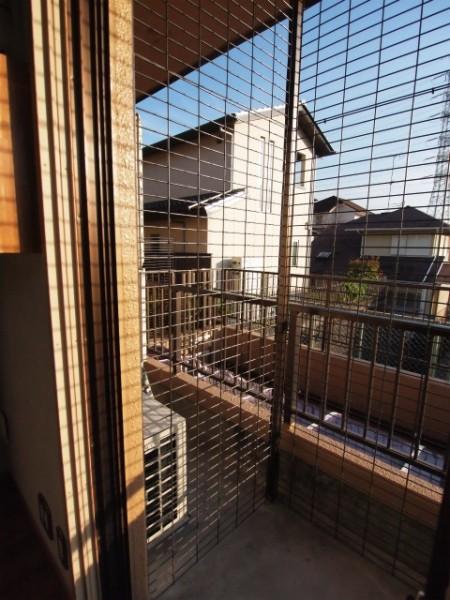 141205 fujigaokacathouse image6 450x600 - 猫用カスタマイズ賃貸物件、内覧会を12月7日まで開催@藤が丘