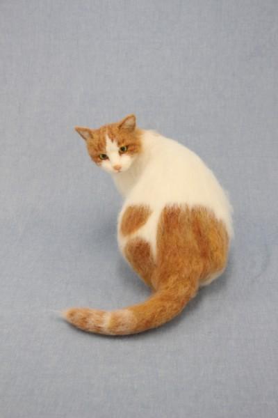 151009artcat01 400x600 - 日本で唯一「猫科」を設ける、羊毛アートの学べる学園