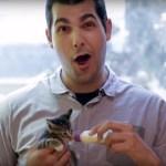 猫を信じぬ強面メンズ、子猫を抱いたら宗旨替え