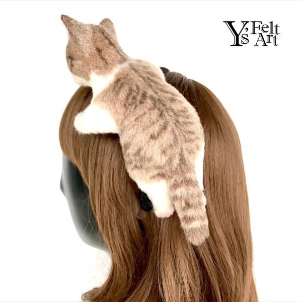 180918catband03 600x600 - 秋空の下で一緒にお出かけ気分、リアルな質感の猫のカチューシャ