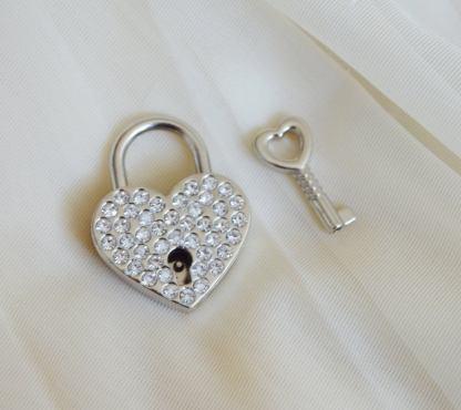 Silver diamond lock