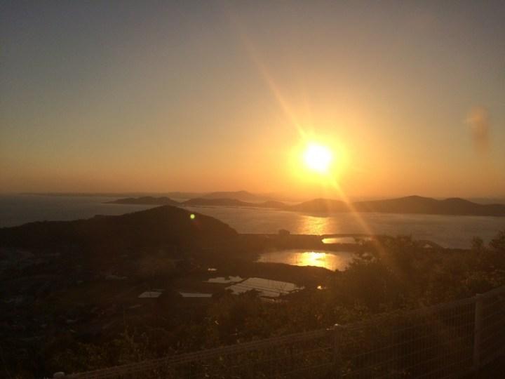 海に沈む夕日~!