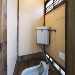 現在は洋式トイレに変更しています。