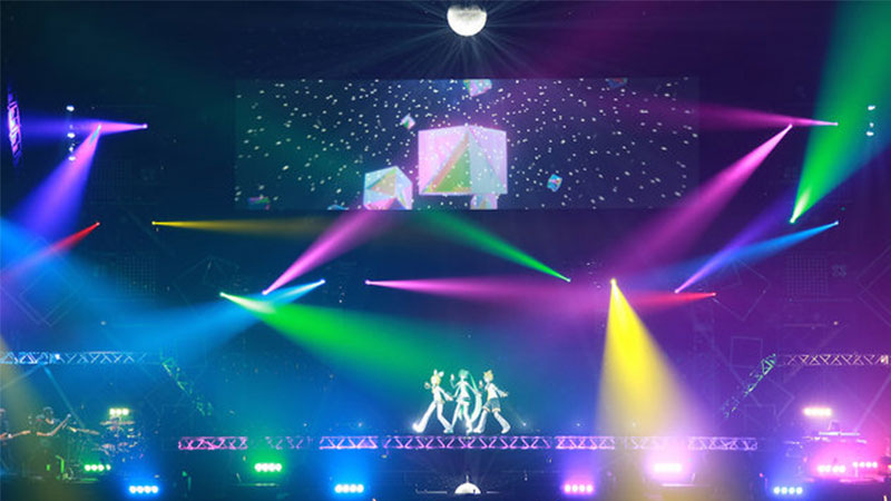 Setelah Delapan Tahun, Akhirnya Miku Berhasil Tampil di Budokan Dalam Konser Hatsune Miku Magical Mirai 2015