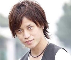 梅田賢三氏(画像引用:http://hittonhanekogasuki.up.n.seesaa.net/hittonhanekogasuki/image/E6A285E794B0E8B3A2E4B889.bmp?d=a21)