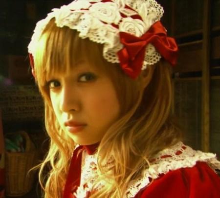 映画「下妻物語」より(画像引用:http://livedoor.blogimg.jp/mocomocoshironeko/imgs/a/4/a4032d04.jpg)
