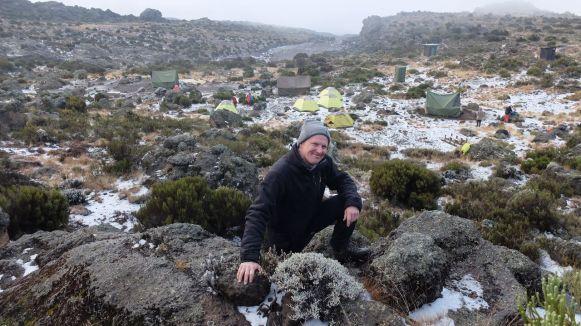Im Third Cave Camp - Das Wetter wird wieder etwas besser und wir erkunden die Umgebung