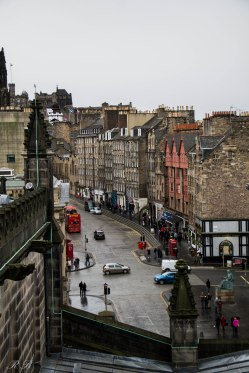 Vista del Royal Mile dalla St Giles Cathedral