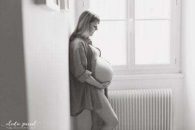 Photographe Future Maman Bordeaux, séance photo avec Élodie Parsal, photographe lifestyle famille maternité, Blog Ne le dites à Personne
