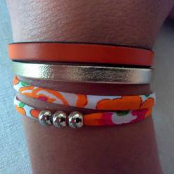 Bracelet orange liberty - Créateur Les trésors d Aliénor - Blog Maman Ne le dites a personne - Créateur #1 : Les Trésors d'Aliénor (+ Concours)- Découvrez les jolis bijoux de créateur sur le blog et tentez de gagner l'un d'eux, pour l'anniversaire et les 1 an du blog Maman Ne le dites à personne !