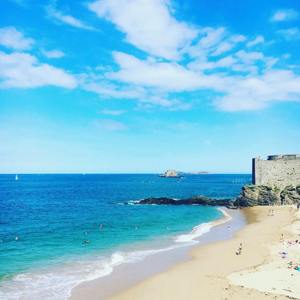 Balade a Saint Malo avec les enfants _Visiter la Normandie en vacances en famille - Blog famille et grossesse Ne le dites a personne #saintmalo #vacancesennormandie #blogfamille