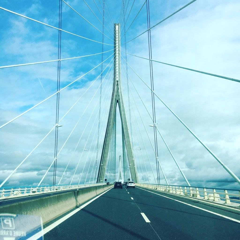 Le pont de Normandie a voir en vacances _Visiter la Normandie avec les enfants - Blog famille et grossesse Ne le dites a personne #pontdenormandie #vacancesennormandie #quoifaireennormandie