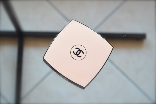 Chanel Les Beige