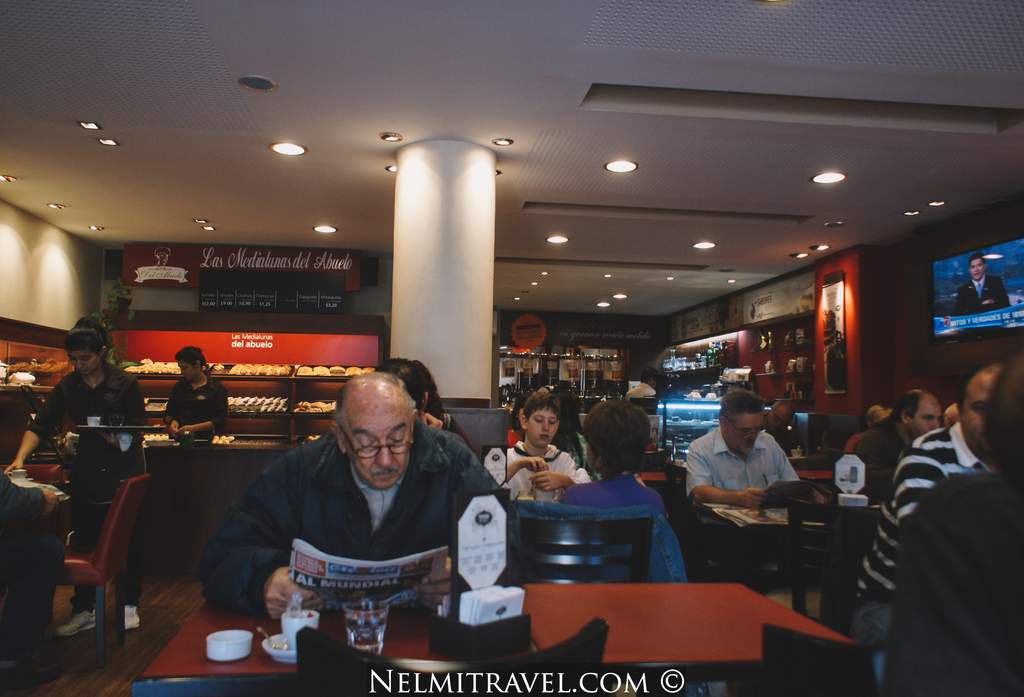 Coffee in Argentina, Nelmitravel; Coffee store Argentina,Cafe con medialunas,Coffee shop Argentina,Argentina coffee;