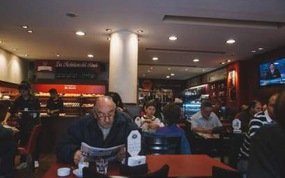 Coffee in Argentina, Nelmitravel; Coffee store Argentina,Cafe con medialunas,Coffee shop Argentina,Argentina coffee;
