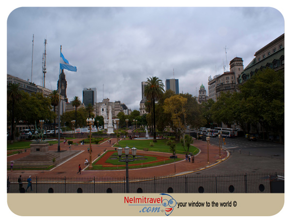 Plaza de Mayo Buenos Aires;plaza de mayo buenos aires facts;plaza de mayo buenos aires history;plaza de mayo buenos aires events;how big is plaza de mayo buenos aires;plaza de mayo buenos aires mothers;Landmarks in Buenos Aires