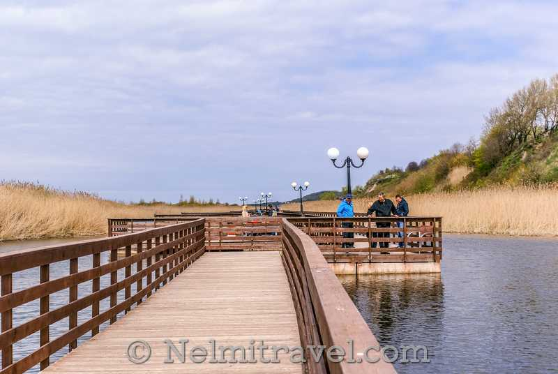 Yantarny Beach walk