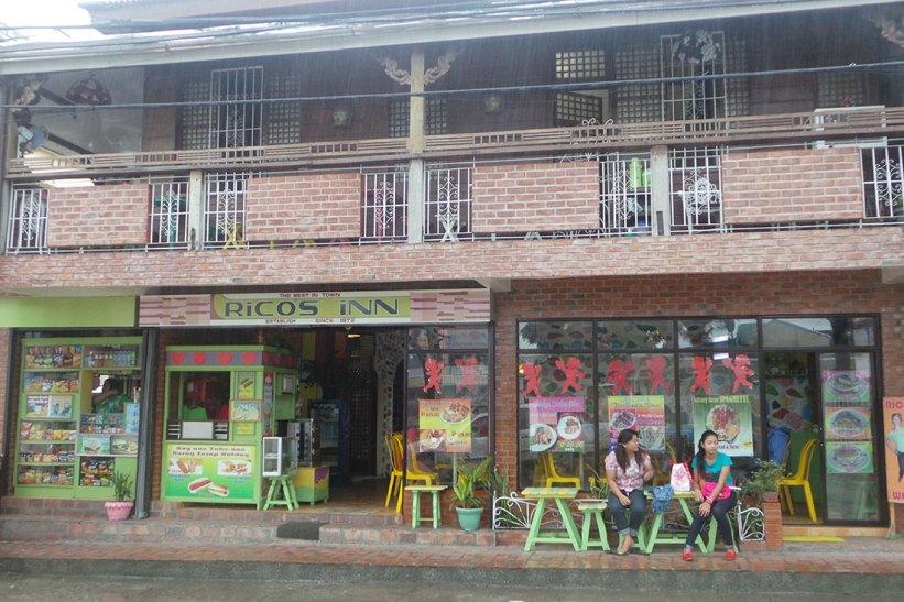 Rico's Inn in Santa Cruz