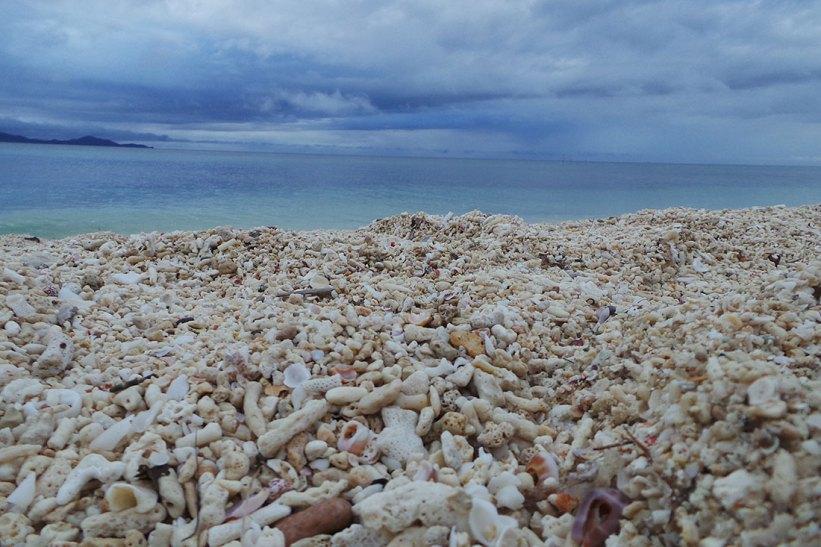 Sand in Maniwaya Island