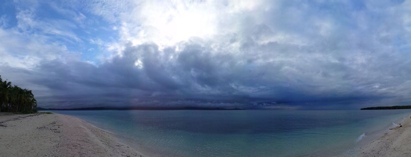 Panoramic view of Maniwaya Island shoreline