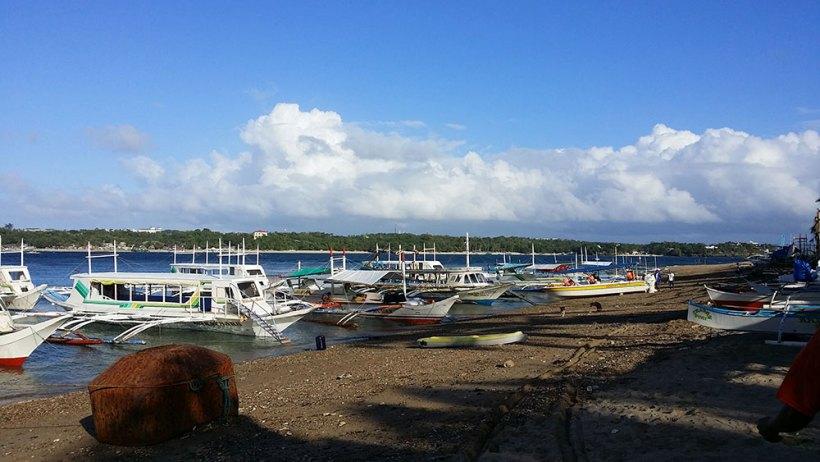 Boats to Carabao Island