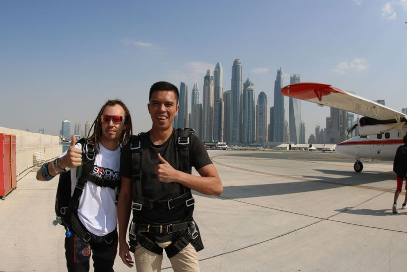 With the experienced instructor before the jump