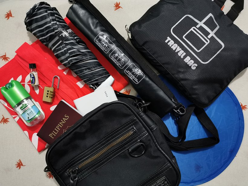 Travel packing checklist: others