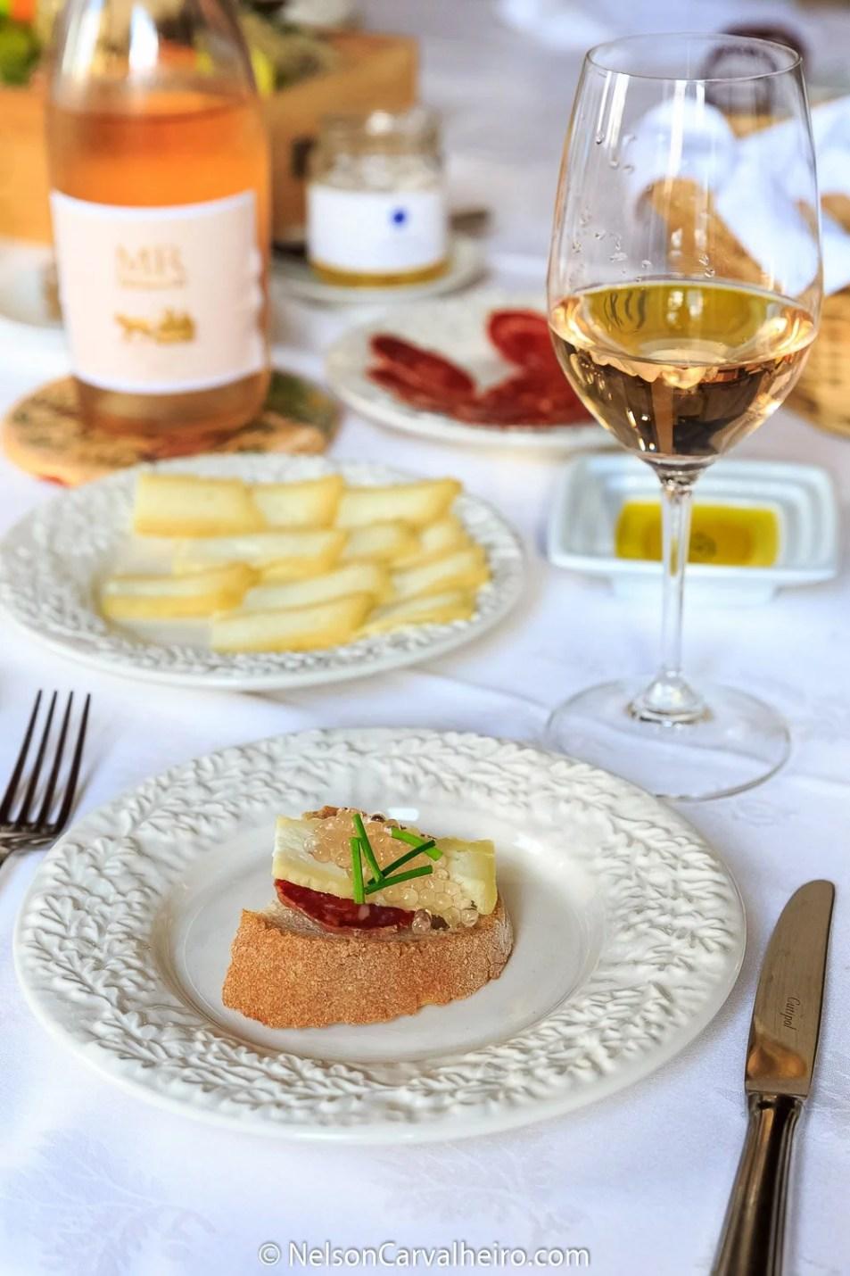 Nelson_Carvalheiro_Alentejo_Wine_Travel_Guide_Monte_Ravasqueira-8