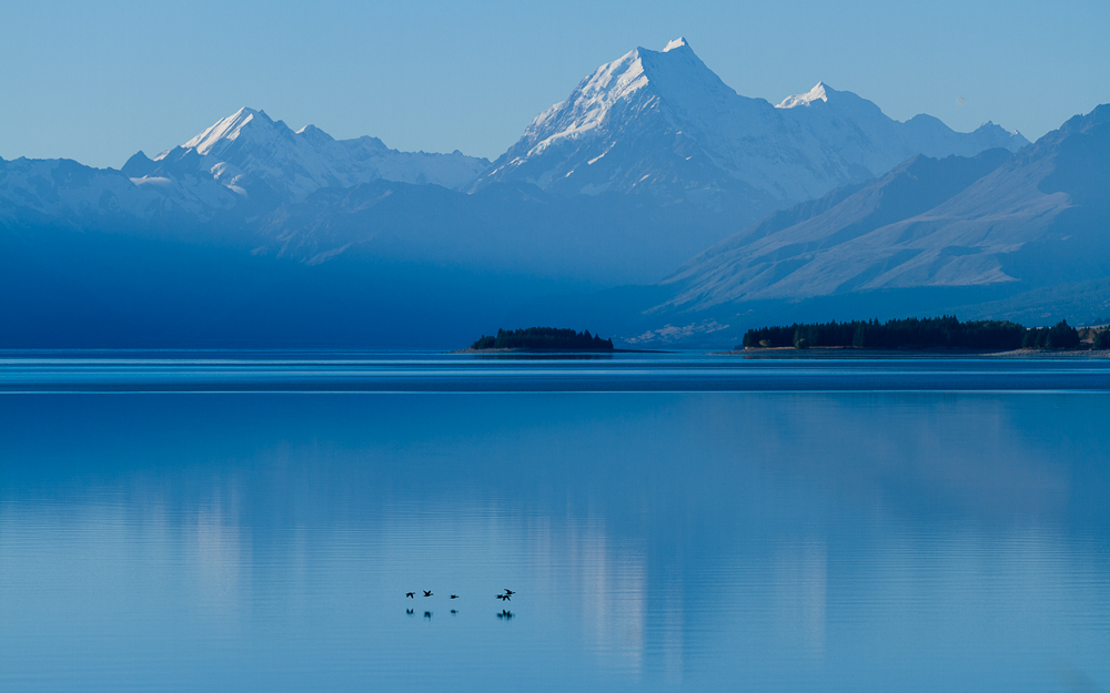 Mt Cook from Lake Pukakid
