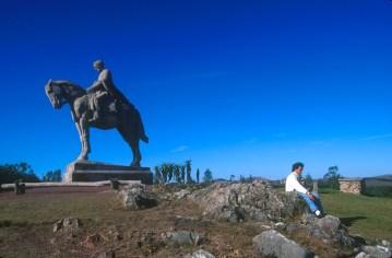 Uruguay, Lavalleja, Minas, estatua ecuestre de José Artigas, escultura