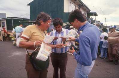 Costa Rica, San José, venta números de loteria