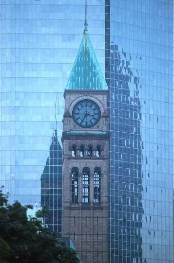 Ontario, Torre del Reloj