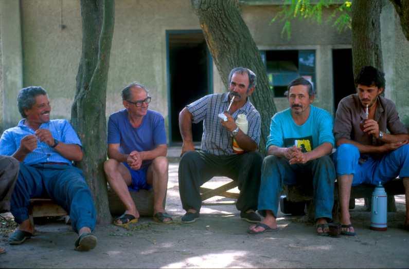 Uruguay, Estancia La Rabida, Trabajadores en la hora del descaso
