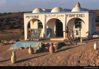 Túnez, Isla de Djerba, alfarería