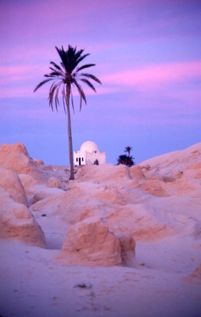 Túnez, Gran Sur, Becheri, Marabout, amanecer, nocturno