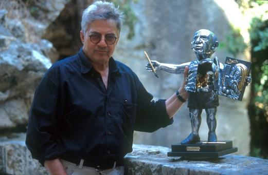 Israel, Yafo (Jaffa), barrio de los Artistas, Sr Frank Meisler, escultor, retrato