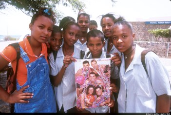 Cabo Verde, Isla Santiago, Praia, Fans Grupo Excesso, retrato